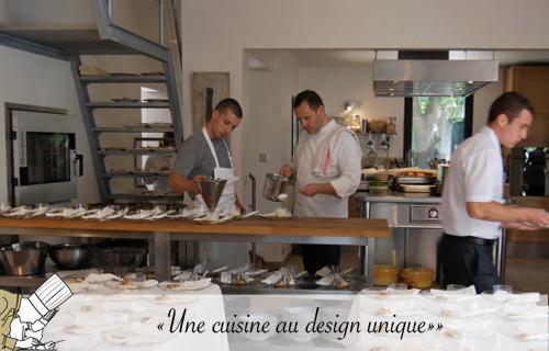 une_cuisine_au_design_unique_ensemble