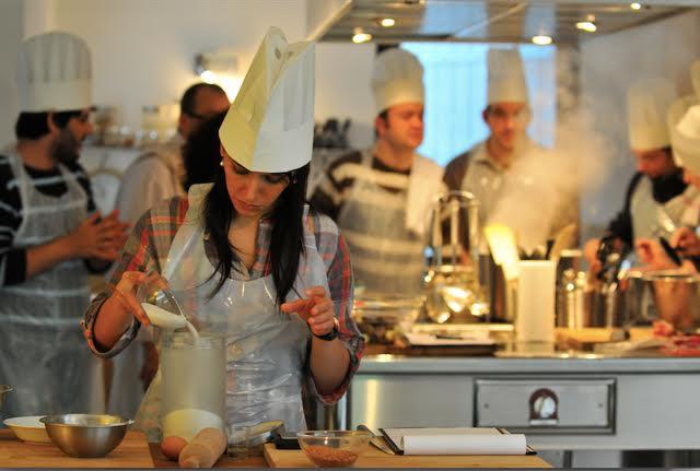 les cours de cuisine menus gastronomiques la villa des chefs. Black Bedroom Furniture Sets. Home Design Ideas